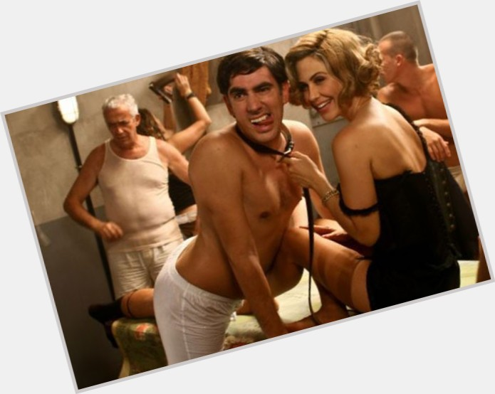 "<a href=""/hot-men/marcelo-adnet/where-dating-news-photos"">Marcelo Adnet</a> Slim body,  black hair & hairstyles"