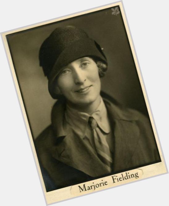 Marjorie Fielding naked (27 foto) Paparazzi, YouTube, panties