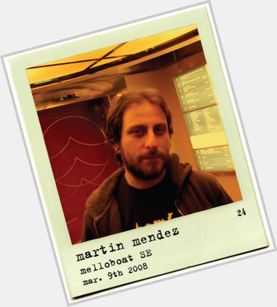 "<a href=""/hot-men/martin-mendez/where-dating-news-photos"">Martin Mendez</a> Average body,  dark brown hair & hairstyles"