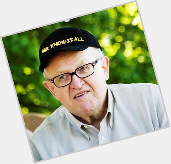"<a href=""/hot-men/martti-ahtisaari/where-dating-news-photos"">Martti Ahtisaari</a> Average body,  salt and pepper hair & hairstyles"