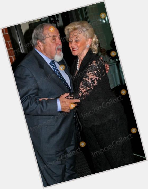 "<a href=""/hot-men/marvin-davis/where-dating-news-photos"">Marvin Davis</a>"