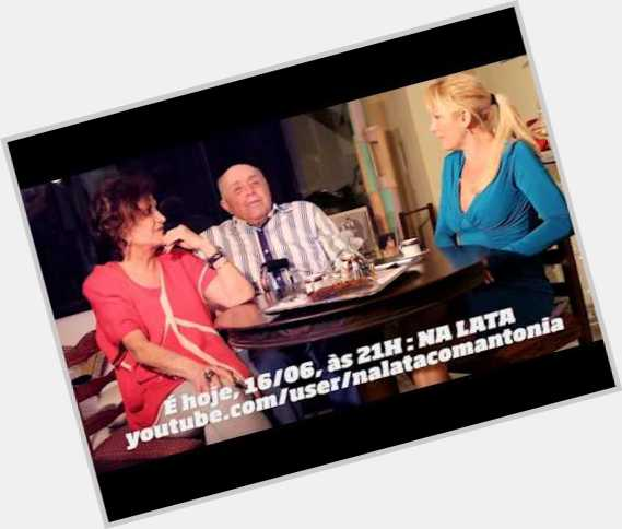 "<a href=""/hot-men/mauro-mendonca/where-dating-news-photos"">Mauro Mendonca</a> Average body,  dark brown hair & hairstyles"