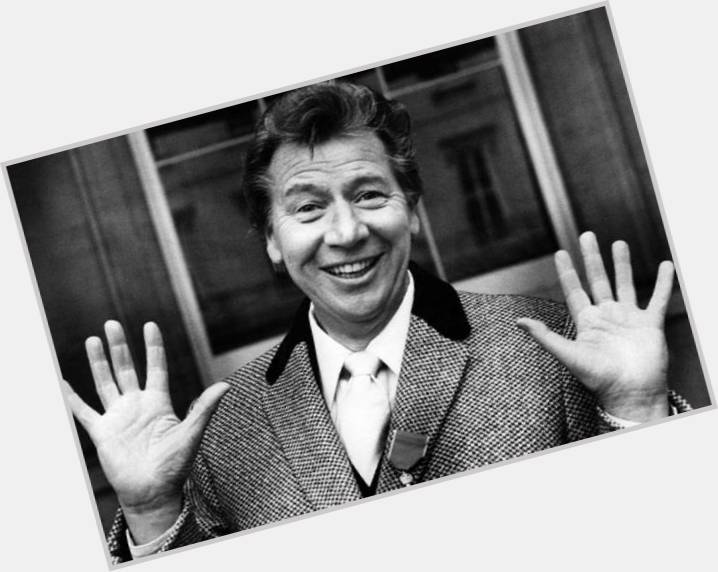 "<a href=""/hot-men/max-bygraves/is-he-alive-still-wife-died-where-now"">Max Bygraves</a>"