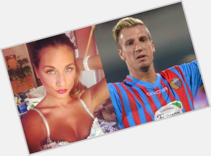 "<a href=""/hot-men/maxi-lopez/where-dating-news-photos"">Maxi Lopez</a> Athletic body,  blonde hair & hairstyles"