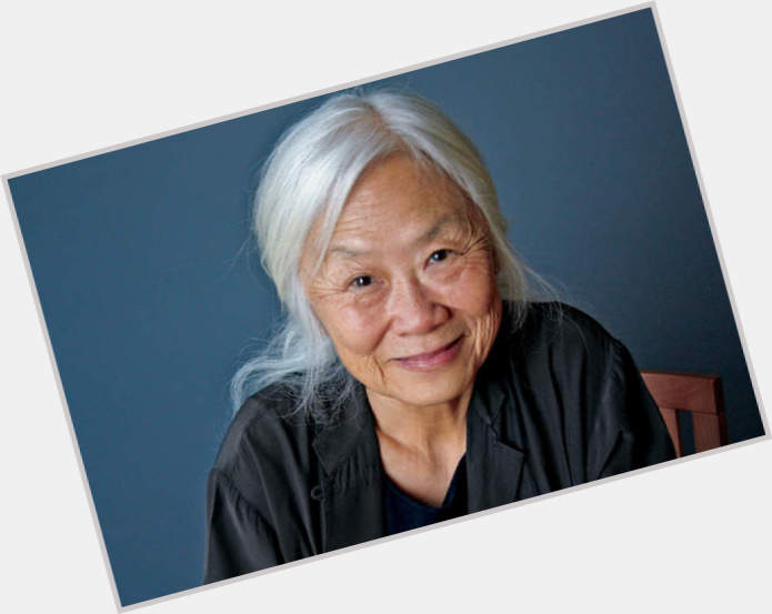a comparison of maxine hong kingston a chinese immigrant and bobby boucher a character from the wate