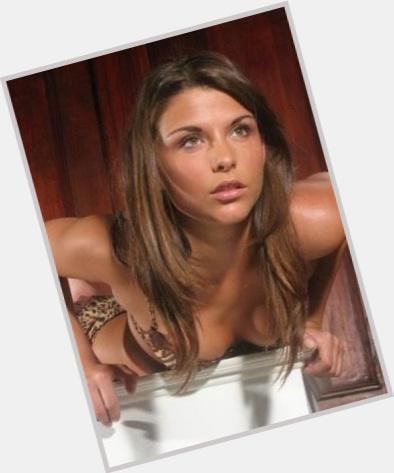 "<a href=""/hot-women/michelle-galdenzi/where-dating-news-photos"">Michelle Galdenzi</a> Slim body,  dark brown hair & hairstyles"