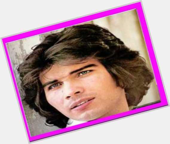"<a href=""/hot-men/miguel-gallardo/where-dating-news-photos"">Miguel Gallardo</a> Average body,  dark brown hair & hairstyles"