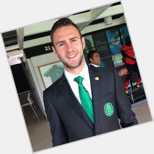 """<a href=""""/hot-men/miguel-layun/is-he-married-lebanese-mexican-good"""">Miguel Layun</a> Athletic body,  light brown hair & hairstyles"""