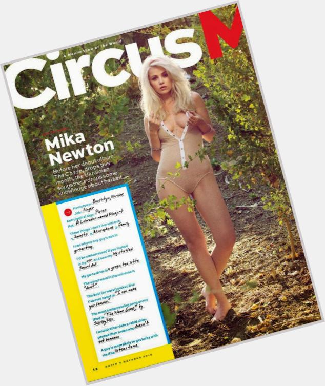 "<a href=""/hot-women/mika-newton/where-dating-news-photos"">Mika Newton</a> Slim body,  blonde hair & hairstyles"
