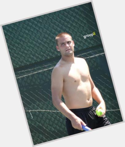 Mikhail Youzhny exclusive hot pic 3.jpg