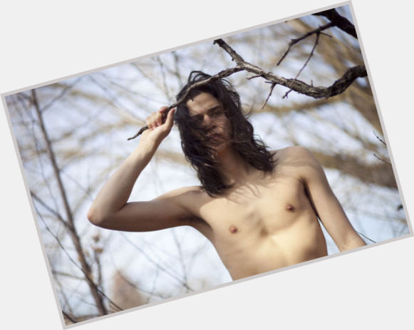 Miles Mcmillan exclusive hot pic 4.jpg