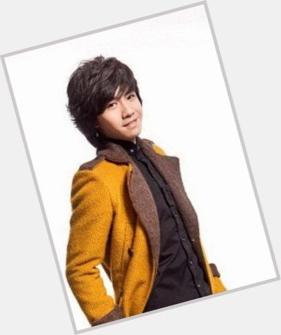 "<a href=""/hot-women/ming-yu/where-dating-news-photos"">Ming Yu</a> Slim body,  black hair & hairstyles"