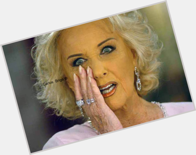 "<a href=""/hot-women/mirtha-legrand/where-dating-news-photos"">Mirtha Legrand</a> Average body,  dyed blonde hair & hairstyles"