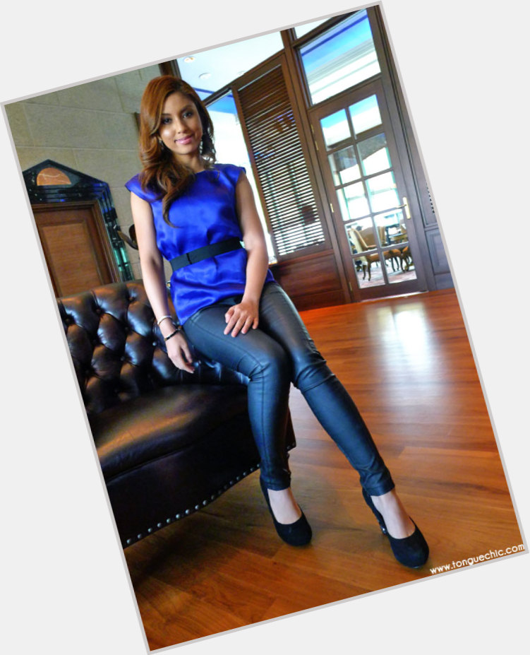 "<a href=""/hot-women/mizz-nina/is-she-muslim-malay-father-profile"">Mizz Nina</a> Slim body,  dyed red hair & hairstyles"