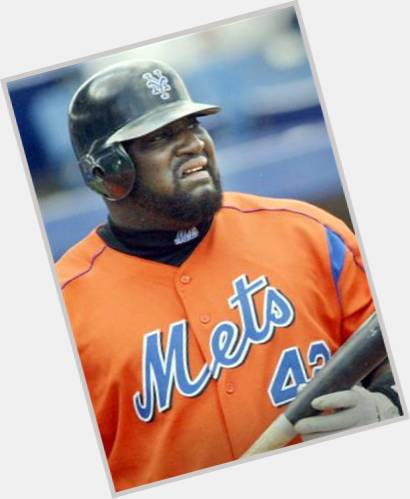 "<a href=""/hot-men/mo-vaughn/is-he-married-hall-famer-fame-where-today"">Mo Vaughn</a>"