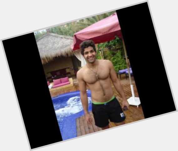 """<a href=""""/hot-men/mohamad-bash/where-dating-news-photos"""">Mohamad Bash</a> Athletic body,  dark brown hair & hairstyles"""