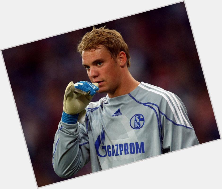 manuel neuer gloves 8.jpg