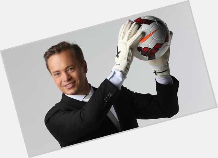mark bosnich hair 9.jpg