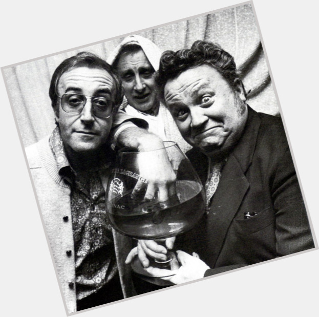 """<a href=""""/hot-men/harry-secombe/is-he-still-alive-where-buried"""">Harry Secombe</a>"""