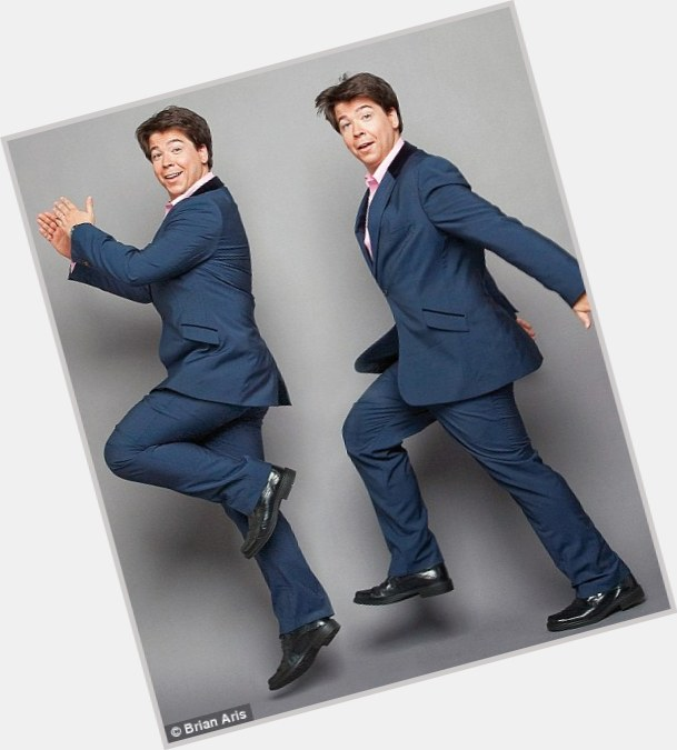 """<a href=""""/hot-men/michael-mcintyre/is-he-chinese-asian-touring-2014-funny-scottish"""">Michael Mcintyre</a> Average body,  dark brown hair & hairstyles"""