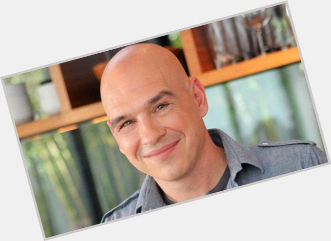 "<a href=""/hot-men/michael-symon/is-he-greek-sick-leaving-chew-still-smoking"">Michael Symon</a> Average body,  bald hair & hairstyles"