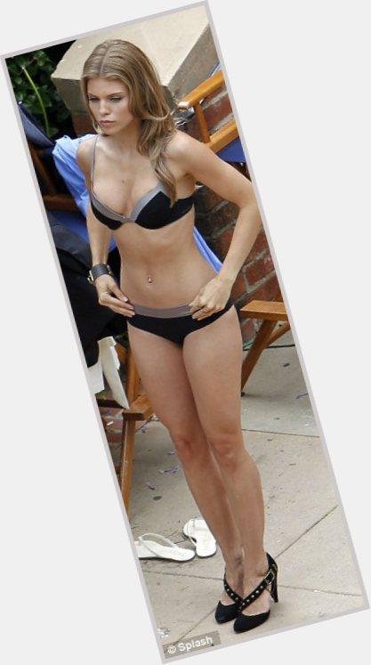"<a href=""/hot-women/naomi-klein/where-dating-news-photos"">Naomi Klein</a>  light brown hair & hairstyles"