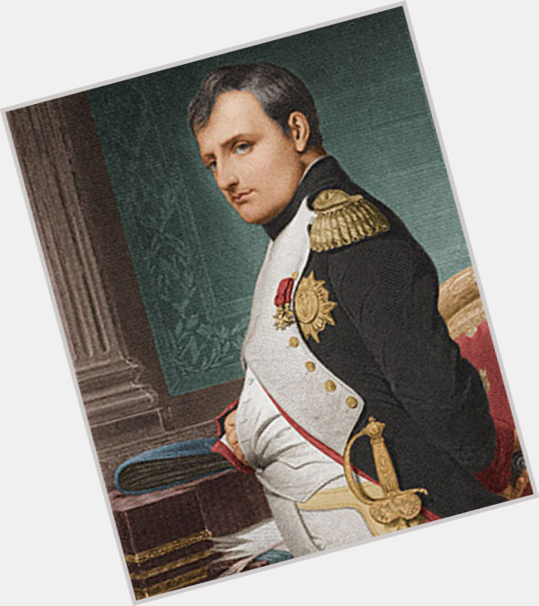 "<a href=""/hot-men/napoleon-bonaparte/is-he-hero-or-tyrant"">Napoleon Bonaparte</a> Average body,  dark brown hair & hairstyles"