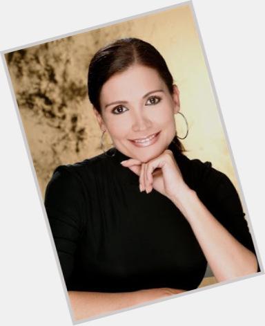 Nina Sicilia sexy 0.jpg