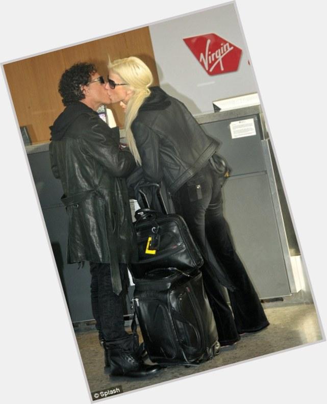 "<a href=""/hot-men/neal-schon/is-he-christian-married-now-italian-jerk-still"">Neal Schon</a> Average body,  black hair & hairstyles"