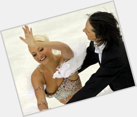 "<a href=""/hot-women/oksana-domnina/where-dating-news-photos"">Oksana Domnina</a> Slim body,  blonde hair & hairstyles"