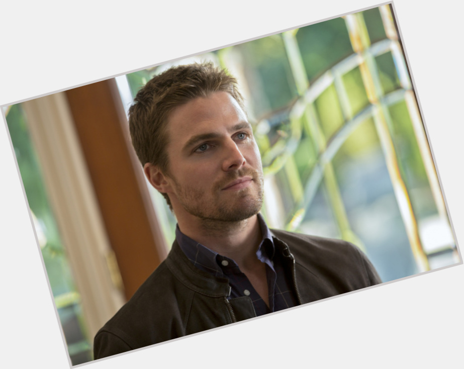 Oliver Queen new pic 1.jpg