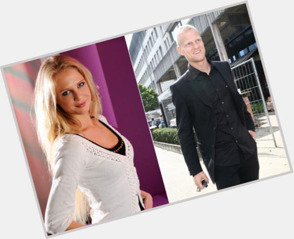"""<a href=""""/hot-men/olivier-deschacht/where-dating-news-photos"""">Olivier Deschacht</a>"""