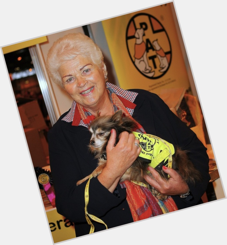 """<a href=""""/hot-women/pam-st-clement/is-she-alive-relationship-moira-stewart-ill-leaving"""">Pam St Clement</a> Average body,  grey hair & hairstyles"""