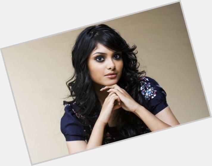 "<a href=""/hot-women/parvati-patil/where-dating-news-photos"">Parvati Patil</a> Slim body,  black hair & hairstyles"