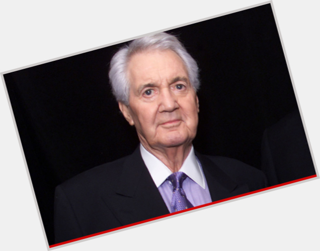 "<a href=""/hot-men/pat-summerall/where-dating-news-photos"">Pat Summerall</a> Athletic body,  grey hair & hairstyles"