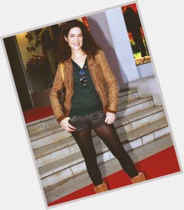"<a href=""/hot-women/paula-neves/where-dating-news-photos"">Paula Neves</a> Slim body,  dark brown hair & hairstyles"