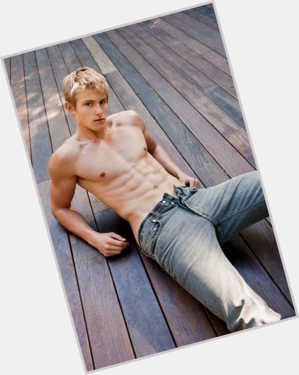 Peeta Mellark blonde hair & hairstyles Athletic body,