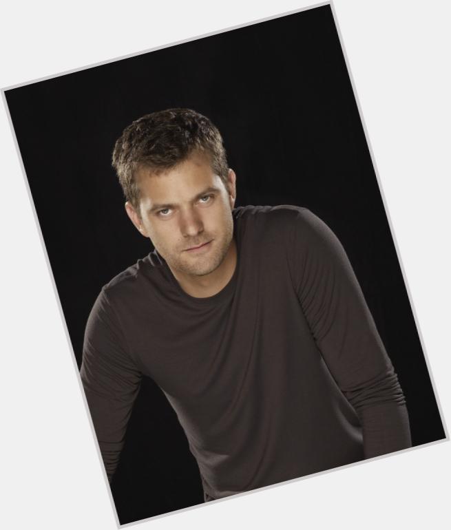 "<a href=""/hot-men/peter-brings/where-dating-news-photos"">Peter Brings</a>  dark brown hair & hairstyles"