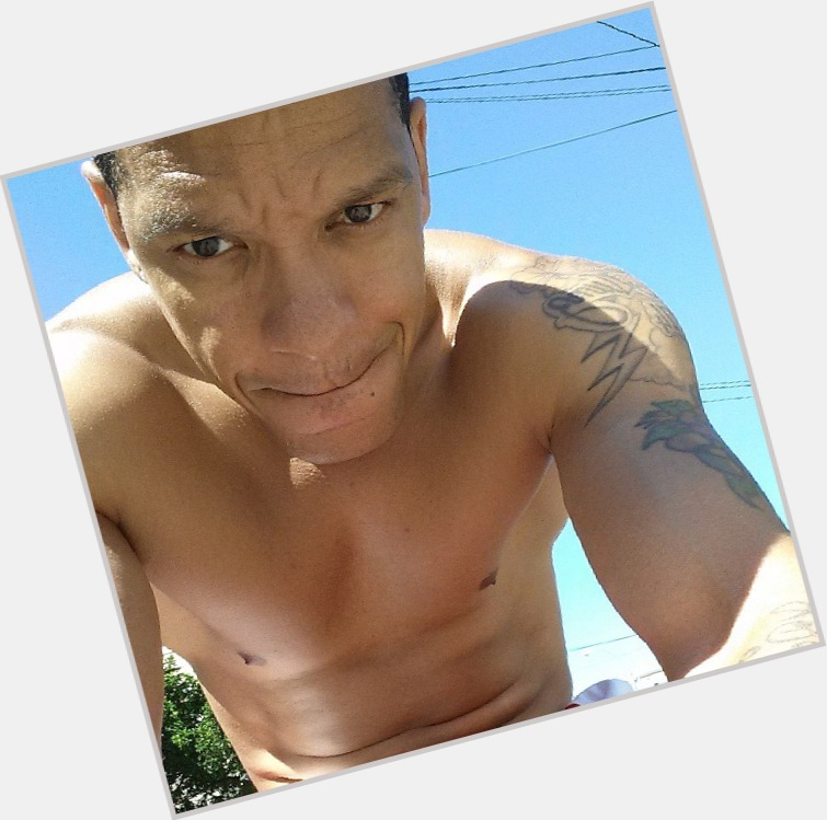 "<a href=""/hot-men/peter-gunz/where-dating-news-photos"">Peter Gunz</a> Athletic body,  black hair & hairstyles"