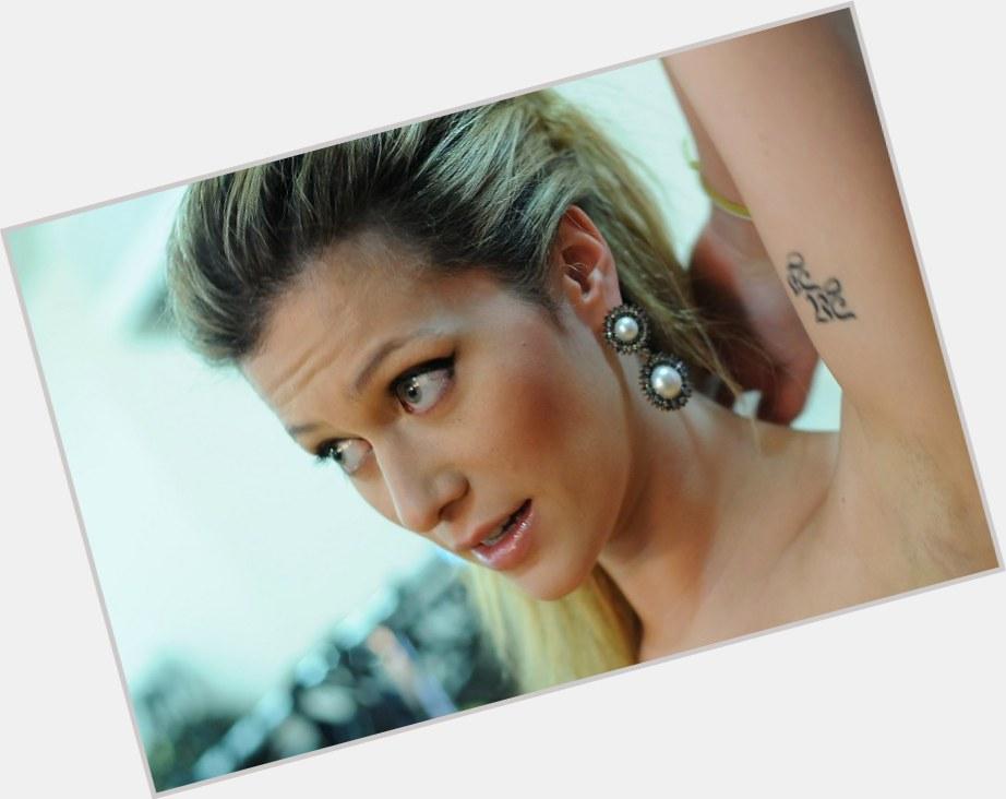 "<a href=""/hot-women/pietra-bertolazzi/where-dating-news-photos"">Pietra Bertolazzi</a> Slim body,  dark brown hair & hairstyles"