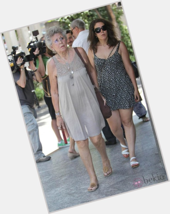 "<a href=""/hot-women/pilar-bardem/where-dating-news-photos"">Pilar Bardem</a>  grey hair & hairstyles"