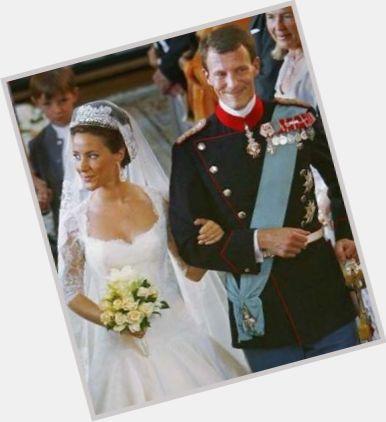 "<a href=""/hot-men/prins-joachim/is-he-bi-2014"">Prins Joachim</a> Slim body,  light brown hair & hairstyles"