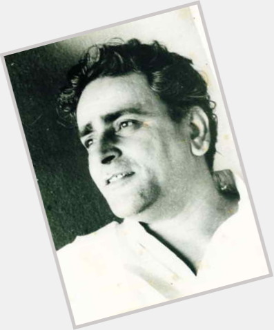 "<a href=""/hot-men/prithviraj-kapoor/where-dating-news-photos"">Prithviraj Kapoor</a>"