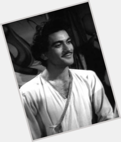 Prithviraj Kapoor hairstyle 4.jpg