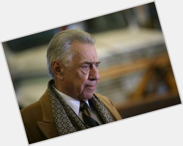 "<a href=""/hot-men/philip-baker-hall/is-he-still-alive"">Philip Baker Hall</a> Average body,  grey hair & hairstyles"