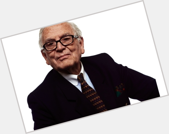 """<a href=""""/hot-men/pierre-cardin/is-he-expensive-still-alive-good-brand-luggage"""">Pierre Cardin</a> Average body,  grey hair & hairstyles"""
