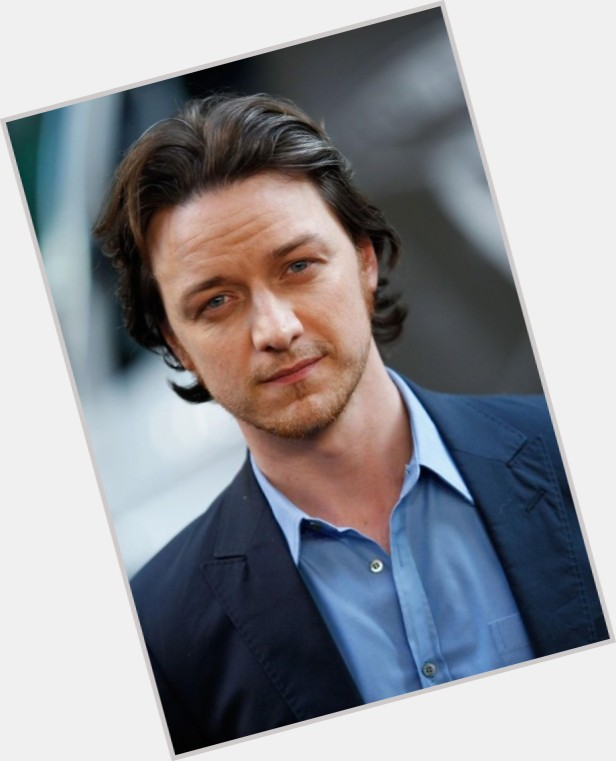 "<a href=""/hot-men/professor-charles-xavier/is-he-why-wheelchair"">Professor Charles Xavier</a> Average body,  bald hair & hairstyles"