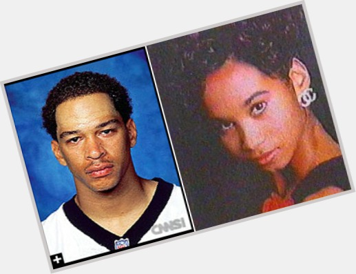 Rae Carruth dark brown hair & hairstyles Athletic body,