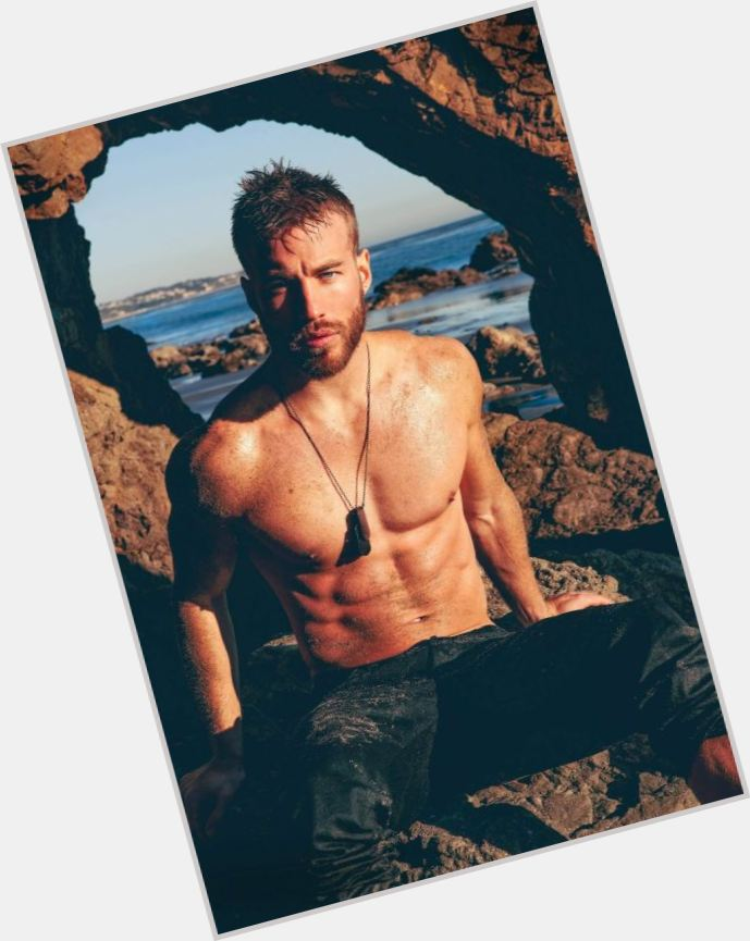 "<a href=""/hot-men/ragnar-lodbrok/where-dating-news-photos"">Ragnar Lodbrok</a>"