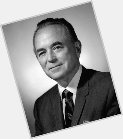 """<a href=""""/hot-men/ray-kroc/where-dating-news-photos"""">Ray Kroc</a> Average body,  bald hair & hairstyles"""